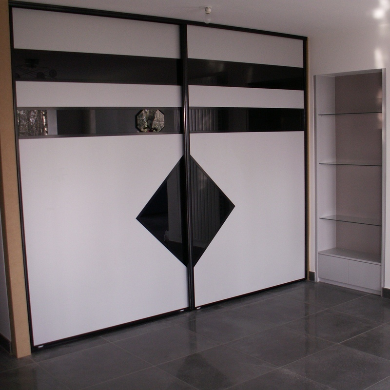 portes placard verre laqu nantes rangeocean. Black Bedroom Furniture Sets. Home Design Ideas