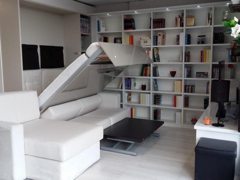 Aménagement bibliothèque sur-mesure et lit escamotable